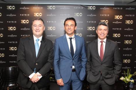 Olivier Hick, vice-presidente executivo de operações Midscale & Econômico AccorHotels Brasil, Patrick Mendes, CEO AccorHotels América do Sul, e Beto Caputo, CEO Atrio Hotel Management.