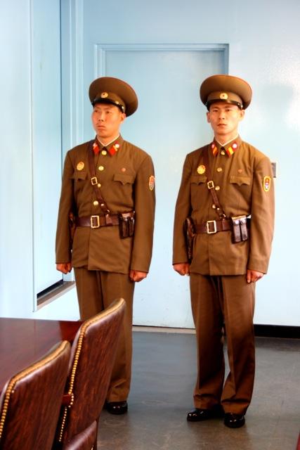 Raul Frare - Coréia do Norte - 2199