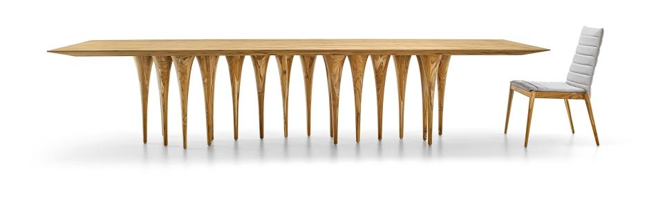Pin Dinner Table (teca wood)_Designer Sérgio Batista_Uultis (Herval Furniture)_Photo Credit Uultis