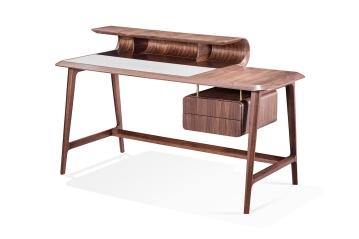 Wave Desk_Design Paulo Sartori_Essenza_Photo Credit Essenza