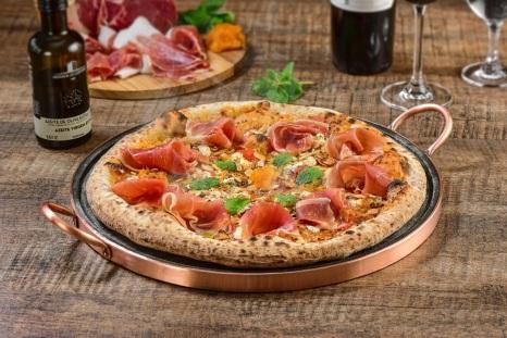 Pizza Serrano e Abricot