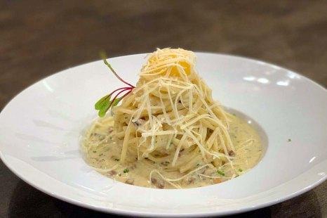 Spaghetti Carbonara - Vino Batel