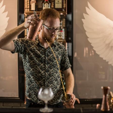 Bartender Ariel Todeschini_créd. Munir Bucair Filho