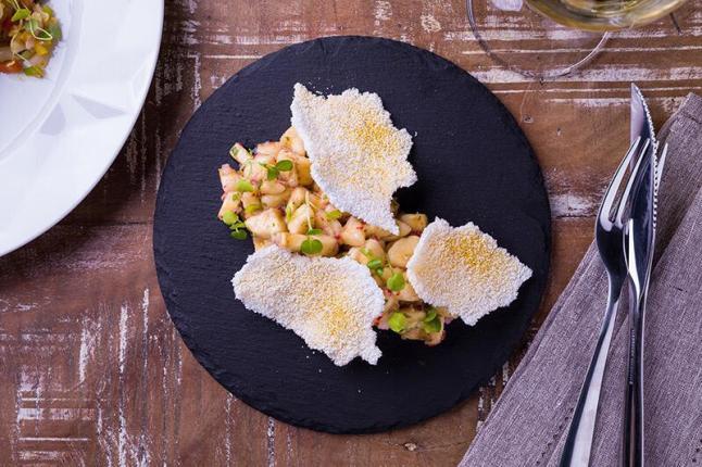 Ceviche-de-banana-com-beiju-de-tapioca---Credito-Guto-Souza