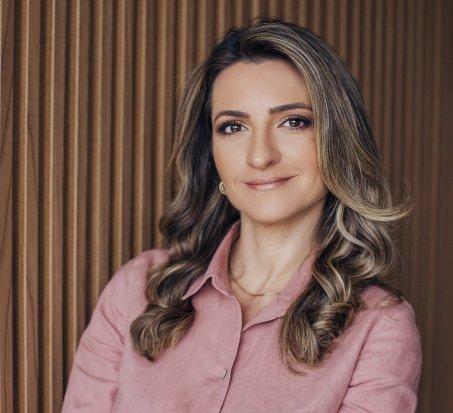 Dr Cmila Prestes - Encontro de Mulheres (1)