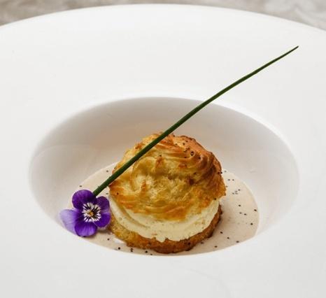 gourgere-com-queijo - Armazem Santo Antonio