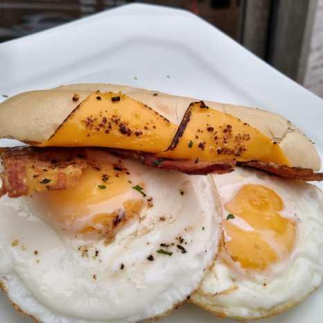 carol_eggs_bacon