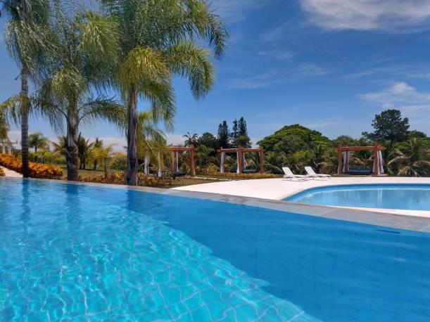 Piscina Daj & Resort
