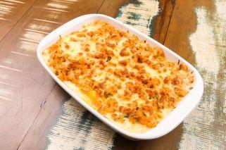 Conchiglione recheado com queijo ao molho de camaroes - Sale Pepe
