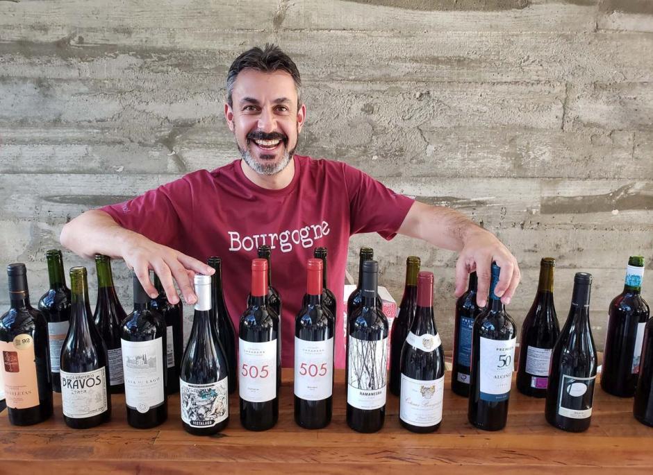 Degustacao a cegas online da Vino com Raphael Zanette